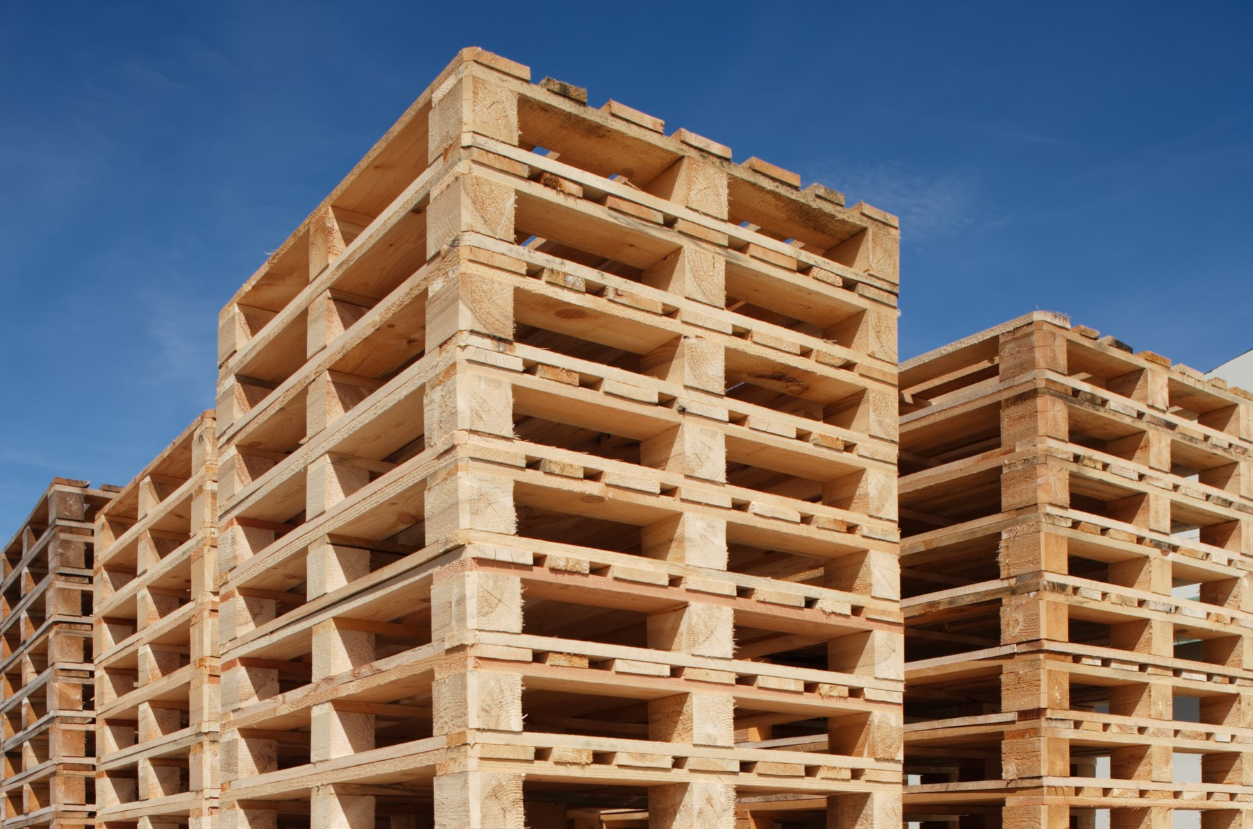new wooden pallets southampton