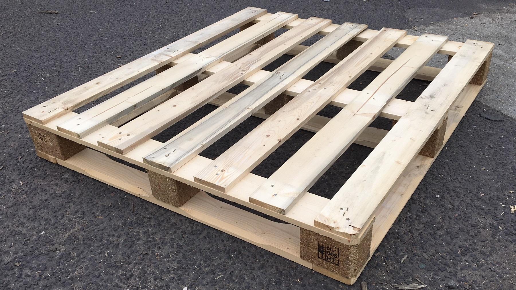 wooden pallets southampton